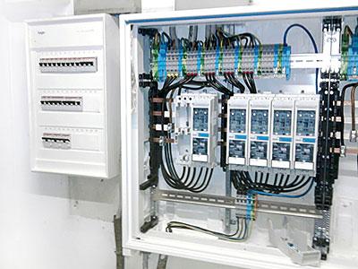 Błędy popełniane podczas układania instalacji elektrycznej